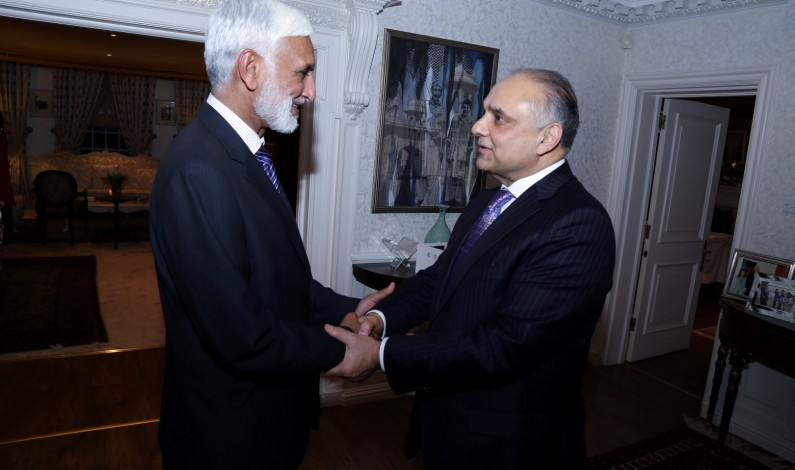 High Commissioner hosts dinner in honour of Admiral Zakaullah, Chief of The Naval Staff