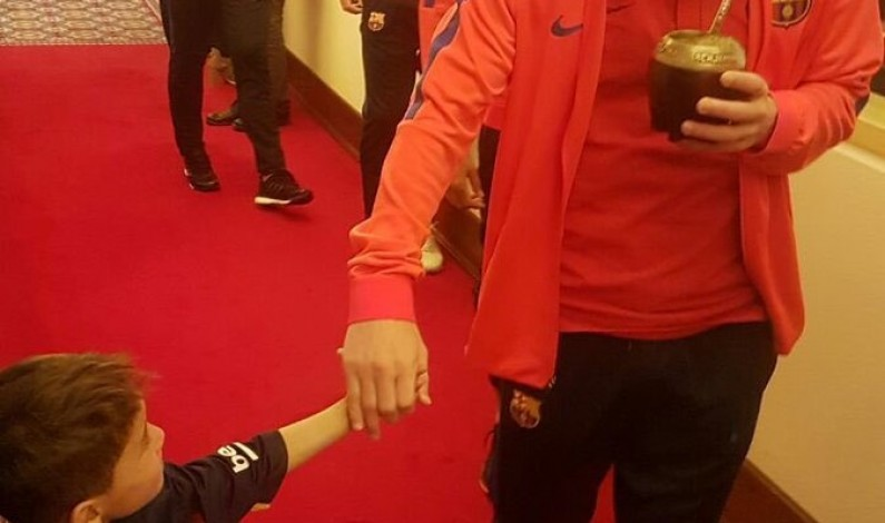 Young Afghan 'Messi fan' meets idol Leo in Doha