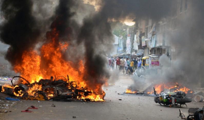 Communal strife in home state of India's Modi kills one, 14 hurt