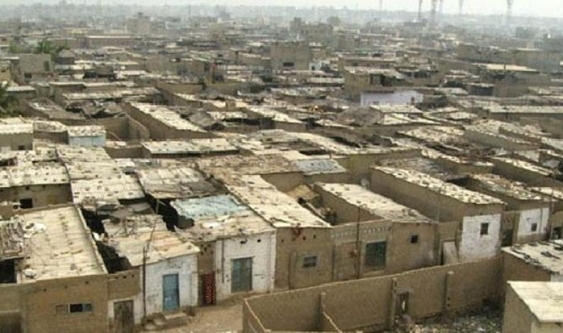 Counting heads in Karachi's katchi abadis