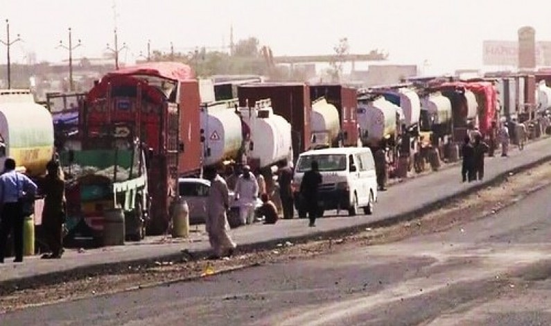 Super Highway tanker accident leaves traffic paralysed for 16 hours and counting