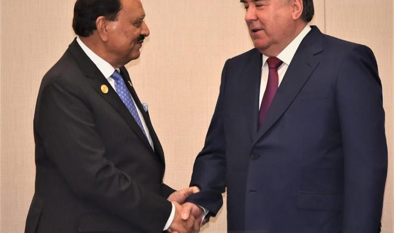 President Mamnoon Hussain and President Emomali Rahmon of Tajikistan agree to deepen bilateral relations