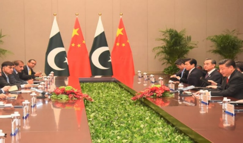 President Mamnoon Hussain and President Xi Jinping agreed to  strengthen all weather strategic cooperative partnership between Pakistan and China