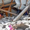Strong quake on Indonesia holiday island kills 13, injures hundreds
