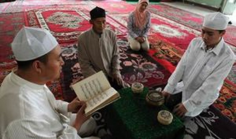 Muslims in China's 'Little Mecca' fear eradication of Islam