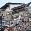 Third strong earthquake shakes Lombok as death toll tops 220