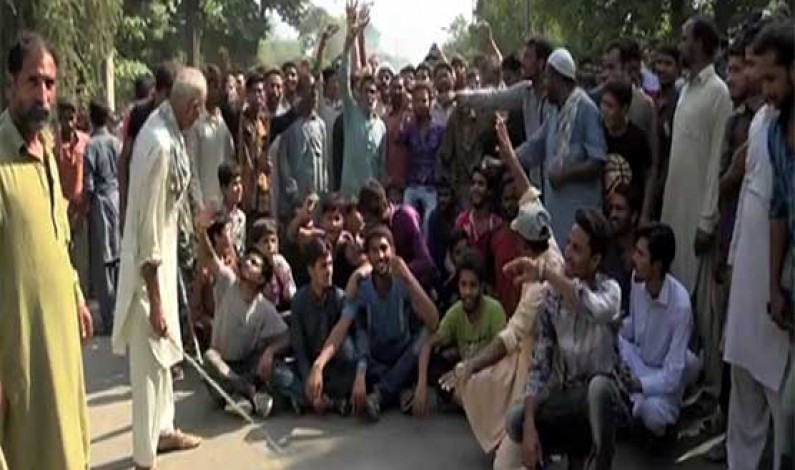 Harbanspura residents' protest hampers anti encroachment grand operation