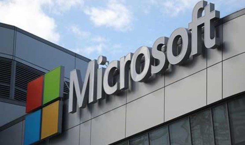 Microsoft expands cloud service in push for $10 bn Pentagon contract