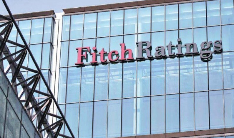 Fitch downgrades Pakistan's rating amid stable outlook
