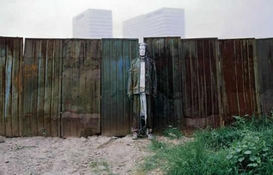 Liu Bolin - Invisible Man