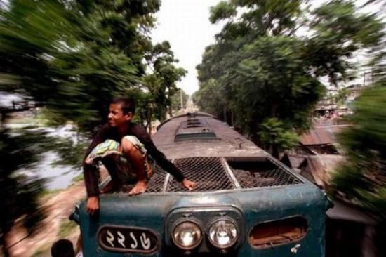 Trains in Bangladesh
