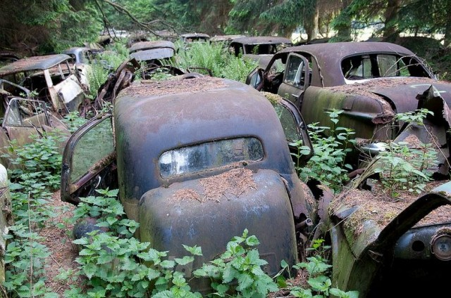 Chatillon Car Graveyard