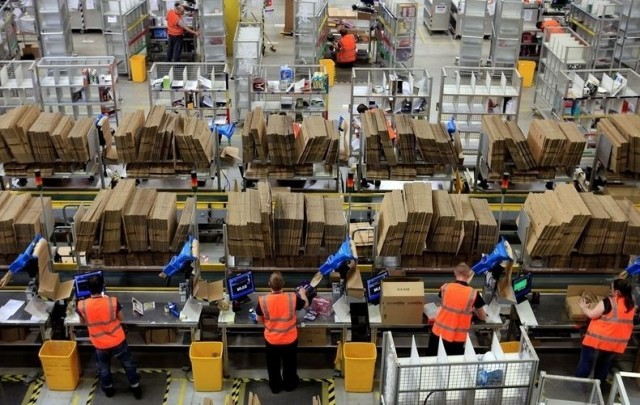 Inside Amazons Warehoue