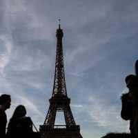 Eiffel Tower shut by third strike of 2016