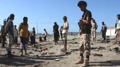 Suicide bomber kills at least 30 soldiers in Yemen's Aden: officials
