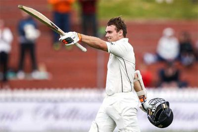 New Zealand 292-3 at stumps, trail Bangladesh by 303