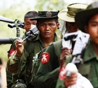 Thousands flee fighting on Myanmar's border with China