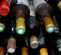 Sindh officials told to cancel liquor shop licences in Muslim-majority areas