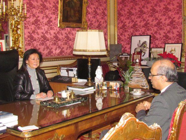 Ambassador of Pakistan to France Moin ul Haque wth Ms. Hauteserre, Mayor of Paris 8th Arrondissement