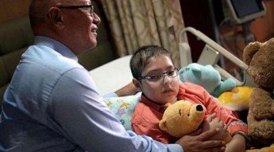 Singaporean strangers save Pakistani boy's life via crowdfunding