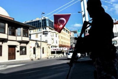 Turkey detains some 400 IS suspects in nationwide raids