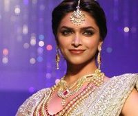 Deepika's, not, leaving, Bollywood, for, Hollywood, says, she's, 'aware, of, her, roots'