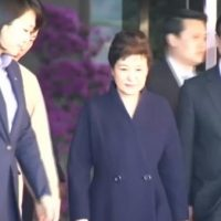 South, Korea's, Park, goes, home, after, 14-hour, interrogation, in, graft, probe