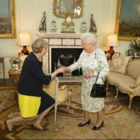 Queen, formally, approves, law, giving, UK, PM, May, power, to, trigger, EU, exit, talks