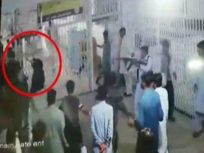 Sitting, PML-N, MPA, thrashes, govt, hospital, guards