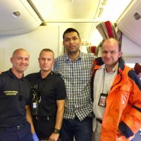 Doctor who Saved life on Board a Flight Pek to Paris