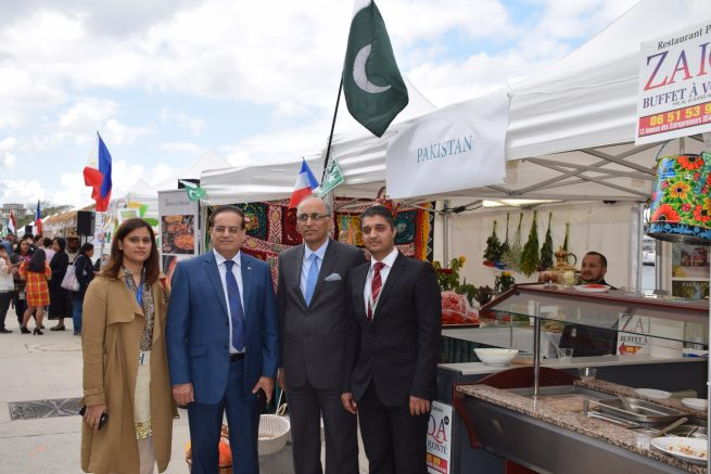 Pakistan Food Pavilion emerged as favorite at Food Festival held in Paris