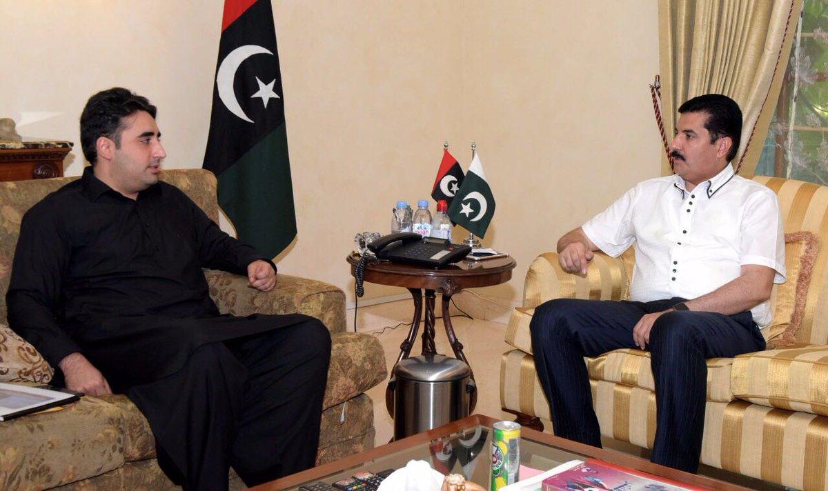 Karachi: General Secretary PPP KPK Faisal Karim Kundi and Sindh Minister for Local Government Jam Khan Shoro called on Chairman Bilawal Bhutto Zardari in Bilawal house