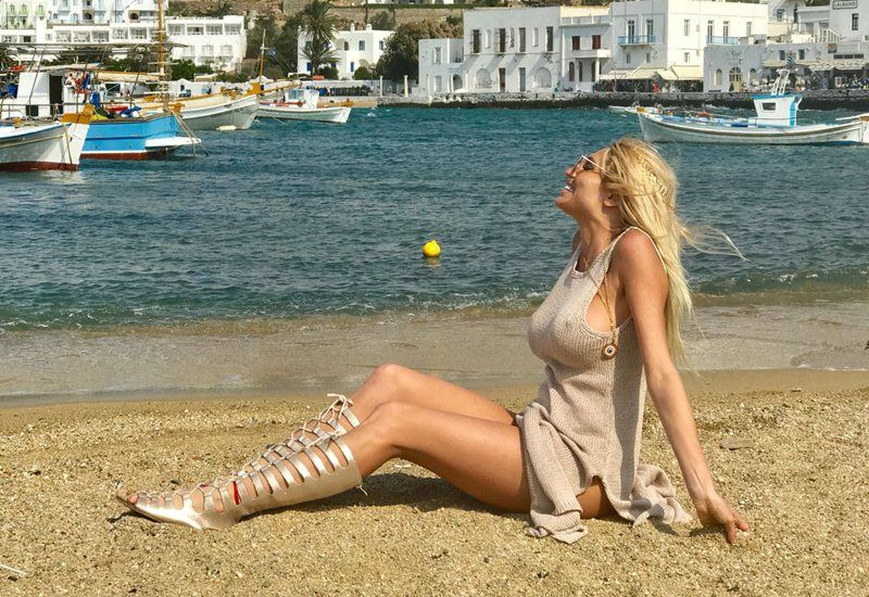 Vicky, Xipolitakis, on, her, vacation, in, Mykonos, Greece