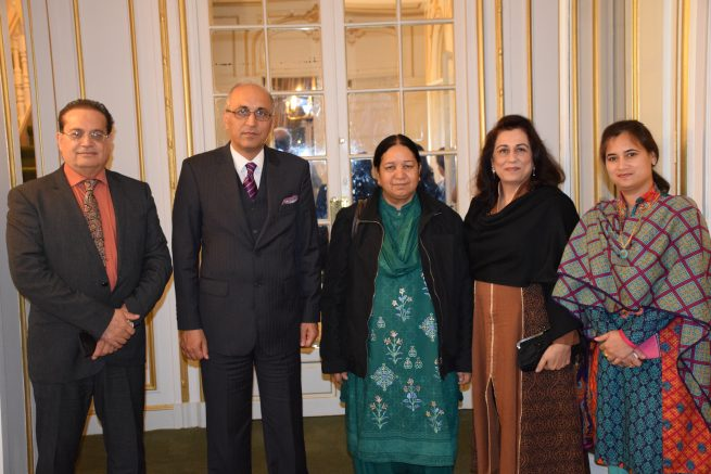 Shahida Hasnain winner of UNESCO prize with the Ambassador of Pakistan