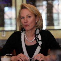 Alice G. Wells calls on Adviser on Finance Dr. Miftah Ismail