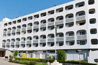 Pakistan retaliates with restrictions on US diplomats in response to US steps