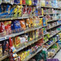 Qatar bans goods from UAE, Saudi Arabia