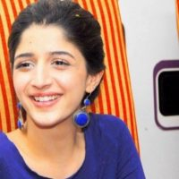 Mawra Hocane's #FlashbackFriday picture will remind you of the early 2000s