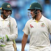 Finch, Khawaja defy Pakistan in first Test